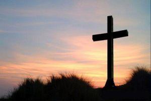 Goede Vrijdag - kruis tegenover zwaard
